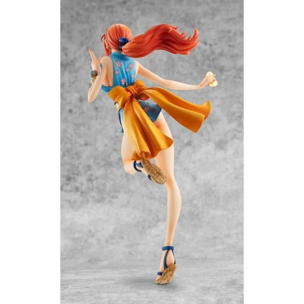 nami action figure 4